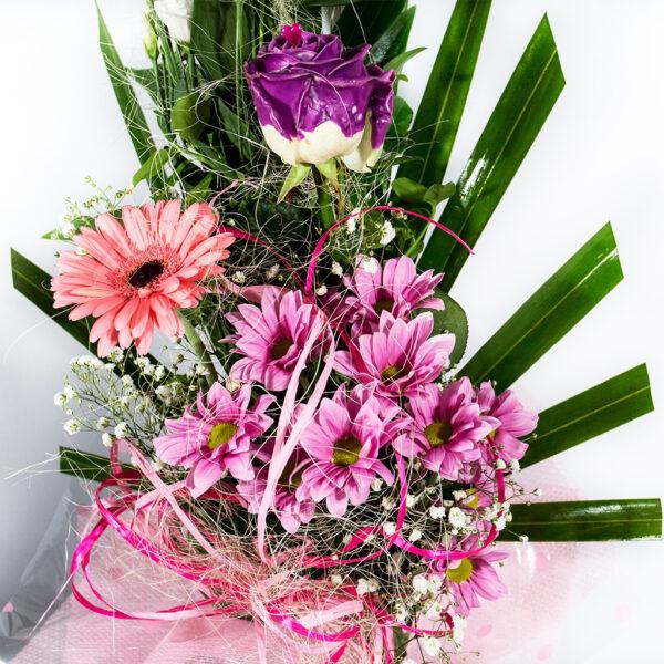 Jemná rúžová kytička