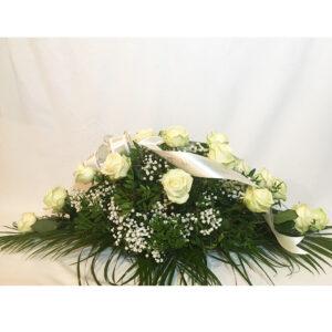 Ikebana z bielych ruží