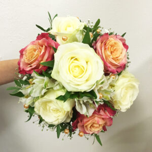 Svadobná kytica z melírovaných ruží