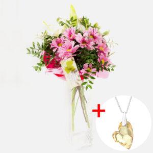 Kytica s náhrdelníkom